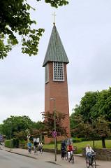 Kirchturm der Auferstehungskirche von Glücksburg - geweiht 1965, Architekt Hermann Rein.