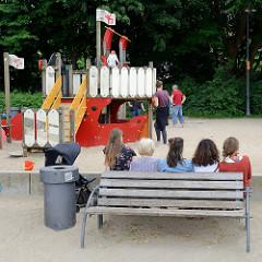 Kinderspielplatz an der Hafenspitze / Hafenpromenade von Flensburg.