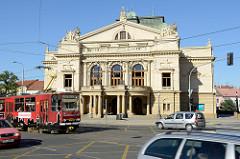 Josef-Kajetán-Tyl-Theater in Pilsen / Plzeň; errichtet 1902 - Baustil Neorenaissance - Architekt  Antonín Balšánek.