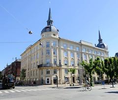 Palais Sans Souci in der Frederiksberg Alle von Kopenhagen - Eckturm mit spitzem Dach.