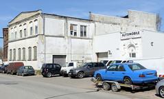 Bilder aus dem Hamburger Stadtteil Billbrook - historische  Gewerbearchitektur mit weißer Fassade in der Straße Billbrookdeich.