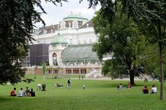 Palmenhaus am Rand des Burggartens in Wien - errichtet 1906, Hofarchitekten Friedrich Ohmann.