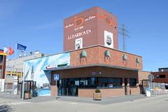 Bilder aus dem Hamburger Stadtteil Billbrook - Pförtnerloge und Silo eines Kaffeehändlers im Pinkertweg.