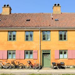 Ehemaliges Kasernengebäude in der Gernersgade von Kopenhagen - die Terrassenhäuser werden jetzt als Wohnraum genutzt.