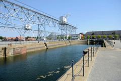 Krananlage einer Werft  im Hafen von Kopenhagen - jetzt Teil der Hafenpromenade.