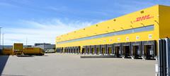 Bilder aus dem Hamburger Stadtteil Billbrook - Verteilungszentrum der DHL in der Liebigstraße.