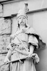 Skulptur - Hofburg zu Wien war vom 13. Jahrhundert bis 1918 (mit Unterbrechungen) die Residenz der Habsburger in Wien. Seit 1945 ist sie der Amtssitz des Österreichischen Bundespräsidenten.