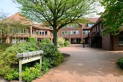 Rellingen ist eine Gemeinde im Kreis Pinneberg in Schleswig-Holstein.