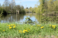 Lauf des Hamburger Flusses Bille im Stadtteil Billwerder - rechts mündet die Glinder Au.