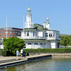 Historischer Søpavillonen / Seepavillion am Ufer des Pebling Sees in Kopenhagen, errichtet 1895 - Entwurf Vilhelm Dahlerup.