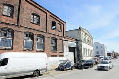 Bilder aus dem Hamburger Stadtteil Billbrook - historische  Gewerbearchitektur   in der Straße Billbrookdeich.