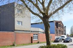 Bilder aus dem Hamburger Stadtteil Billbrook - Gewerbearchitektur in unterschiedlichen Baustilen am Billbrookdeich.