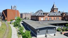 Moderne und historische Architektur an der Kalkbrænderihavnsgade in Kopenhagen.