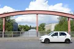 Fotos  aus dem Hamburger Stadtteil Rothenburgsort - Bezirk Mitte. Blick von der Schurzalleebrücke auf den Billkanal.