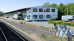 Fotos aus der Gemeinde Bönnigstedt - Kreis Pinneberg - Metropolregion Hamburg. Ehemaliges Lagergebäude - Güterbahn am Bönningstedter Bahnhof.