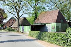 Fotos aus der Gemeinde Bönnigstedt - Kreis Pinneberg - Metropolregion Hamburg. Scheunen und landwirtschaftliche Gebäude in der Bönningstedter Dorfstraße.