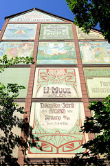 Architekturfotos aus dem Hamburger Stadtteil Eimsbüttel - Bezirk Eimsbüttel;  historische Jugendstilwerbung an der Fassade eines Gebäudes in der Margaretenstraße.