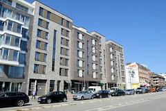 Bilder aus dem Hamburger Stadtteil Hoheluft West, Bezirk Hamburg Eimsbüttel. Neubauten / moderne Wohnhäuser, Etagenhäuser  an der Hoheluftchaussee.
