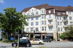 Fotos aus dem Hamburger Stadtteil Eppendorf - Bezirk Hamburg Nord. Historische Architektur Hamburgs - Gründerzeitgebäude / Eppendorferbaum-Palais an der Lenhartzstraße; errichtet 1910 - Architekten Kahl & Endresen.