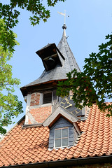 Fotos vom Dorf Breese im Bruche - Gemeinde Jameln, Landkreis Lüchow-Dannenberg / Metropolregion Hamburg; Gutskapelle - erbaut 1592.