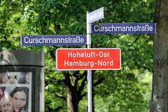 Bilder aus dem Hamburger Stadtteil Hoheluft Ost - Bezirk Hamburg Nord. Stadtteilschild / Stadtteilgrenze Hoheluft Ost an der Curschmannstraße.