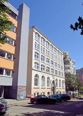 Architekturfotos aus dem Hamburger Stadtteil Eimsbüttel - Bezirk Eimsbüttel; Gebäude in der Amandastraße -  Leihhaus, errichtet 1898.