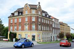 Fotos von der Stadt Löbau in der sächsischen Oberlausitz; Mietshaus mit Historismusfassade in Klinkerbauweise in der Weißenberger Straße.