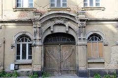 Fotos von der Stadt Löbau in der sächsischen Oberlausitz; denkmalgeschütztes Wohnhaus in der Jahnstraße - Jugendstilarchitektur.