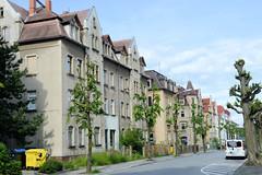 Fotos von der Stadt Löbau in der sächsischen Oberlausitz; historische unter Denkmalschutz stehende Mietshäuser in der Breitscheidstraße - errichtet um 1910.