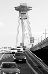 Bratislava  ist die Hauptstadt der Slowakei und mit ca. 438.000 EinwohnerIinnen  die größte Stadt des Landes.