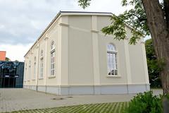 Fotos von der Stadt Löbau in der sächsischen Oberlausitz; Turnhalle vom Geschwister Scholl Gymnasium in der Pestalozzi Straße.