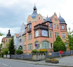 Fotos von der Stadt Löbau in der sächsischen Oberlausitz; historische restauriert Villen in der Dehsaer Straße.