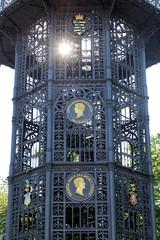 Fotos von der Stadt Löbau in der sächsischen Oberlausitz;  König-Friedrich-August-Turm auf dem Löbauer Berg.  Der 28 m hohe Turm wurde 1854 aus Gußeisen errichtet und steht als technisches Denkmal unter Denkmalschutz.
