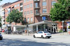 Architekturbilder aus dem Hamburger Stadtteil Eimsbüttel - Bezirk Eimsbüttel; Eingang U-Bahnstation Emilienstraße - errichtet Ende der 1950er Jahre.