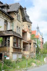 Fotos von der Stadt Löbau in der sächsischen Oberlausitz; verfallene, leerstehende Villa in der Dehsaer Straße.
