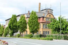 Fotos von der Stadt Löbau in der sächsischen Oberlausitz; Fabrikgebäude der Anker-Teigwaren-Fabrik Loeser & Richter in der Äußeren Bautzener Straße, errichtet 1899.