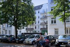 Architekturfotos aus dem Hamburger Stadtteil Eimsbüttel - Bezirk Eimsbüttel; Wohnhäuser in der Lutterothstraße.
