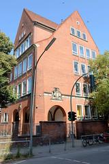 Architekturfotos aus dem Hamburger Stadtteil Eimsbüttel - Bezirk Eimsbüttel; Telemann Schule im Heussweg, 1911 errichtet - Architekt Albert Erbe.