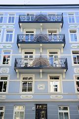 Architekturfotos aus dem Hamburger Stadtteil Eimsbüttel - Bezirk Eimsbüttel; Jugendstilarchitektur in der Matthesonstraße - erbaut 1908  - Architekten Rauch + König.