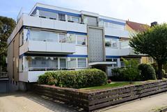 Marienthal ist ein Hamburger Stadtteil im Bezirk Hamburg Wandsbek. Architektur der 1960 er Jahre - Wohnhaus im Rebeccaweg.