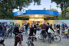 Critical Mass in Hamburg - monatliche Fahrradtour durch die Innenstadt der Hansestadt jeden letzten Freitag im Monat - Start am 28.09.19. war die U-Bahnstation Sengelmannstraße.