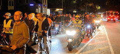 Critical Mass in Hamburg - monatliche Fahrradtour durch die Innenstadt der Hansestadt jeden letzten Freitag im Monat.  Abendliche Fahrt am 28.09.19 auf der Langenhorner Chaussee.