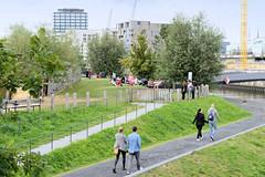 Fotos aus dem Hamburger Stadtteil Hafencity - Bezirk Hamburg Mitte. Blick auf den Baakenpark - dieser Multifunktionspark wurde 2018 angelegt.