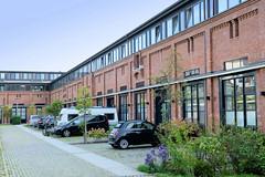 Marienthal ist ein Hamburger Stadtteil im Bezirk Hamburg Wandsbek. Ehemalige Pferdeställe der Husarenkaserne Am Husarenhof, die jetzt gewerblich genutzt werden.