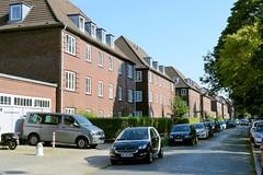 Bilder aus dem Hamburger Stadtteil Dulsberg - Bezirk Hamburg Nord. Siedlungshäuser zwischen den Straßen Dulsberg-Nord und Alter Teichweg; die Gebäude wurden 1923 errichtet, Architekten Butte & Hansen.