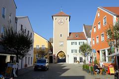 Kelheim ist die Kreisstadt des gleichnamigen Landkreises im Regierungsbezirk Niederbayern und liegt an Donau.
