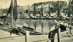 Historische Ansicht vom Hafen in Elburg.