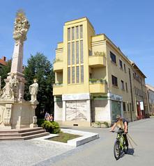 Bilder aus der slowakischen Stadt Komarno an der Donau.