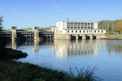 Kraftwerk Faimingen, Laufwasserkraftwerk an der Donau bei Lauingen in Bayern