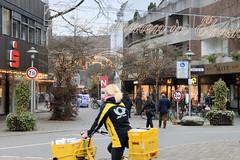 Bilder aus der Stadt Elmshorn, Metropolregion Hamburg. Blick vom Wedenkamp in den weihnachtlich geschmückten Damm Elmshorns.